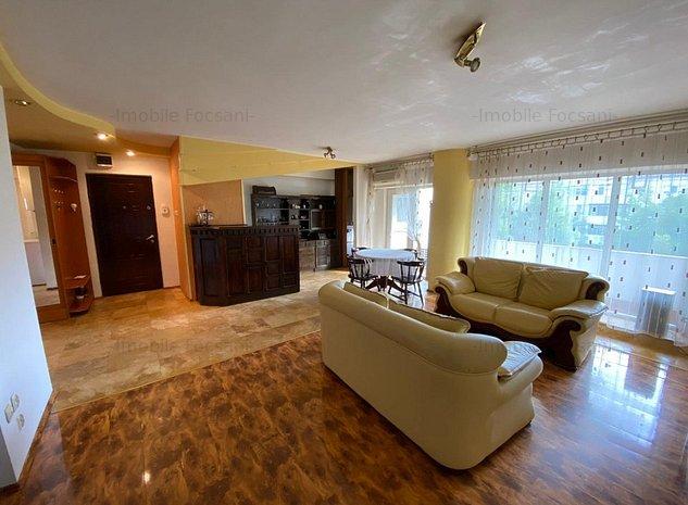Apartament 3 camere-et 2/4-CT-Kaufland - imaginea 1