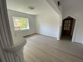 Apartament de vânzare 4 camere, în Focşani, zona Brăilei