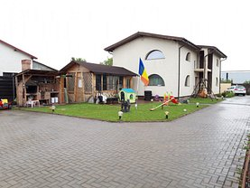 Casa de vânzare 4 camere, în Focşani, zona Sud