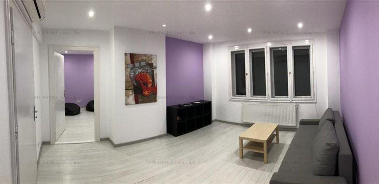 Apartament renovat, ultracentral, P-ta Unirii - imaginea 1