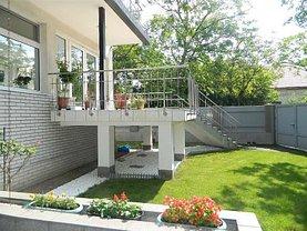 Casa de vânzare 16 camere, în Timişoara, zona Favorit