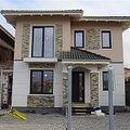 Casa de vânzare 5 camere, în Dumbrăviţa, zona Central