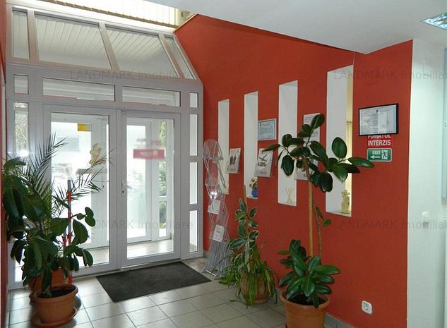Vanzare imobil cu destinatie comerciala, zona MALL - imaginea 1