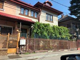 Casa de vânzare 5 camere, în Bucureşti, zona Alba Iulia
