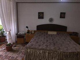 Apartament de vânzare 4 camere în Resita, Centrul Civic
