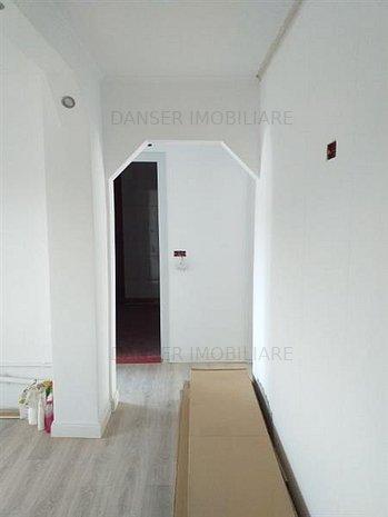 Apartament 2 cam, decomandat, Micro III, - imaginea 1