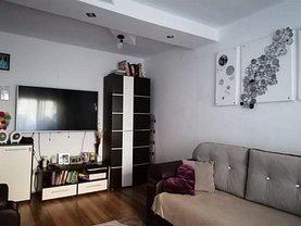 Apartament de vânzare 3 camere în Resita, Micro IV