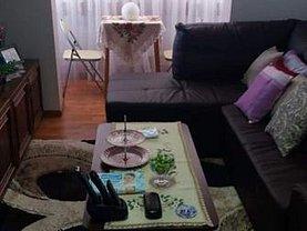 Apartament de vânzare 3 camere în Resita, Micro III