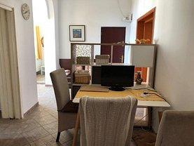 Apartament de închiriat 3 camere, în Timişoara, zona P-ţa Unirii
