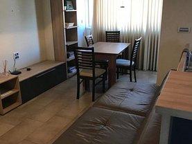 Apartament de închiriat 3 camere, în Timişoara, zona P-ţa Victoriei