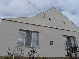 Casa de vânzare 4 camere, în Lovrin