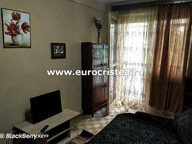 Apartament de vânzare 3 camere, în Mangalia, zona Sud