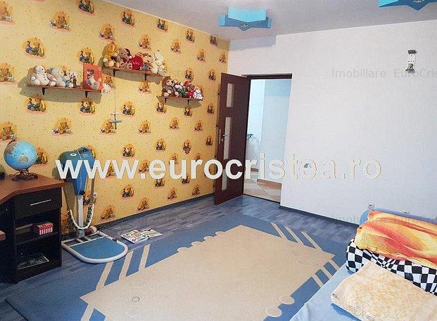 Casă P+1E de vânzare în Mangalia, zona Rozelor, - imaginea 1