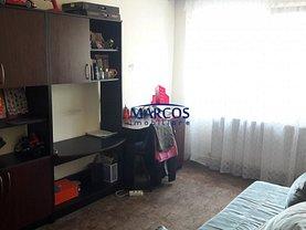 Apartament de închiriat 3 camere în Resita, Moroasa 2