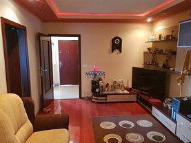 Apartament de vânzare 4 camere în Resita, Central