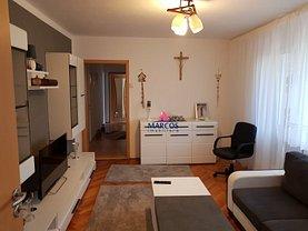 Apartament de vânzare 3 camere în Resita, Micro II