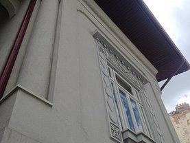 Casa de vânzare 9 camere, în Bucuresti, zona Pache Protopopescu
