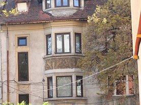 Casa de vânzare 14 camere, în Bucureşti, zona Moşilor