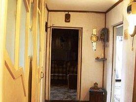 Apartament de vânzare 3 camere în Brasov, Craiter