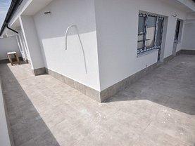 Penthouse de vânzare 3 camere, în Bucureşti, zona Valea Oltului