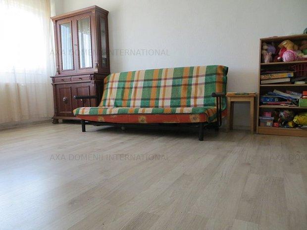 Apartament 2 camere Costin Georgian - Basarabia - decomandat - imaginea 1