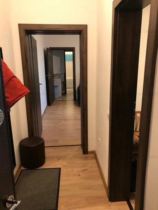 Apartament Piata Astra Str Stefan Cel Mare Apartament Cu 2 Camere De Vanzare In Brasov Judetul Brasov X6l10003t 65 500 Eur