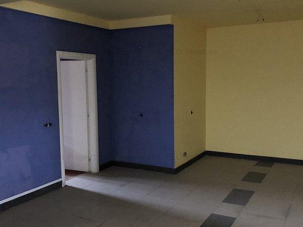 Vanzare apartament 3 camere- vila-Piata : 2