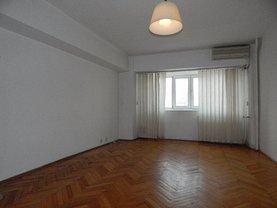 Apartament de vânzare 4 camere, în Bucuresti, zona Alba Iulia