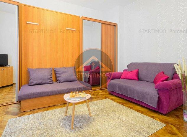Apartament mobilat zona Pietii Sfatului Brasov - imaginea 1