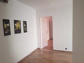 Apartament de închiriat 3 camere, în Braşov, zona Bartolomeu
