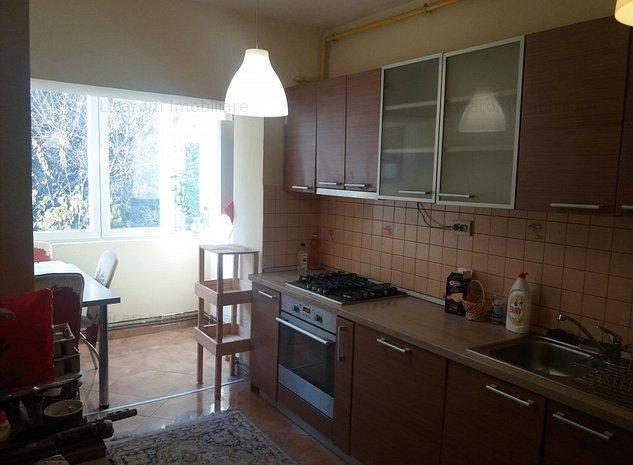 Apartament 3 camere decomandat Racadau,Molidului,bloc tip vila,mobilat,utilat. - imaginea 1