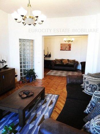 Universitate-Carol, apartament superb, 4/7, renovat, mobilat si utilat. - imaginea 1