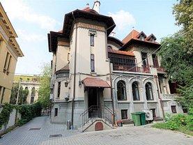Casa de vânzare sau de închiriat 20 camere, în Bucureşti, zona Dacia