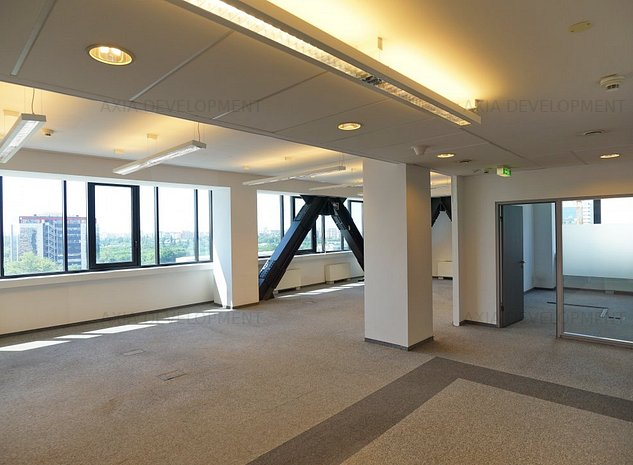 Spatiu birou in zona Dimitrie Pompeiu - imaginea 1