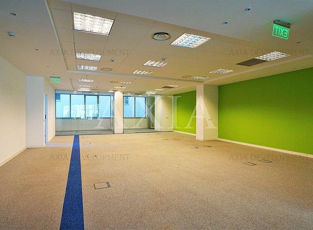 Inchiriere birou 220 mp in zona Piata Universitatii - imaginea 1