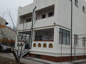 Casa de vânzare 7 camere, în Cumpana
