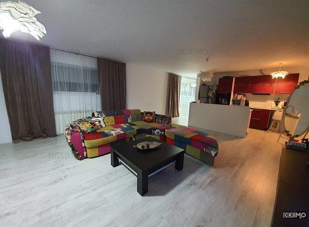 Tomis I - Spitalul Judetean- Apartament cu 3 camere in vila cu pod mobilat lux - imaginea 1