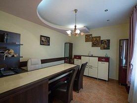 Casa de vânzare 3 camere, în Constanţa, zona Tomis Mall