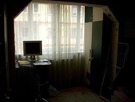 Apartament de vânzare 4 camere, în Resita, zona Micro I