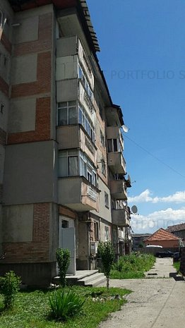 Apartament 3 camere, Lupeni, jud.Hunedoara - imaginea 1
