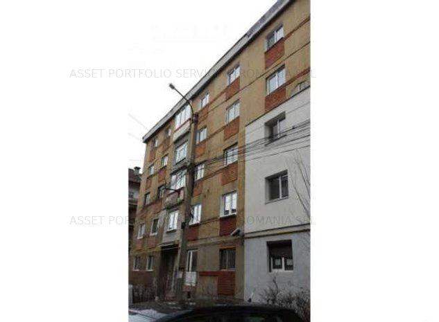Apartament cu 3 camere, Vulcan, jud. Hunedoara  - imaginea 1