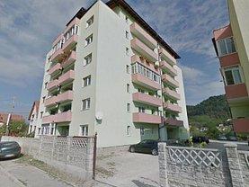 Apartament de vânzare 3 camere, în Ramnicu Valcea, zona Morilor