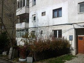 Apartament de vânzare 2 camere, în Miercurea-Ciuc, zona Est