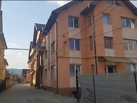 Apartament de vânzare 4 camere, în Bistrita, zona Calea Moldovei