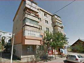 Apartament de vânzare 2 camere, în Ramnicu Sarat, zona Central-Piata
