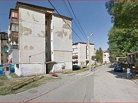 Apartament de vânzare 2 camere, în Lupeni, zona Central
