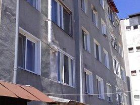 Apartament de vânzare 2 camere, în Stei