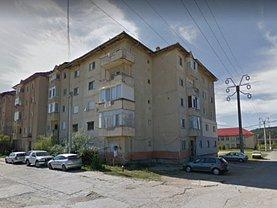 Apartament de vânzare 3 camere în Bocsa
