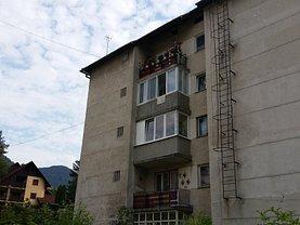 Apartament de vânzare 3 camere, în Tusnad