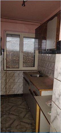 Apartament, 2 camere, loc Casansebes - imaginea 1